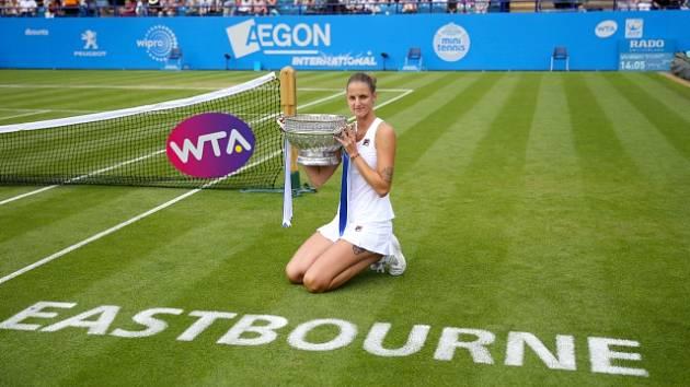 Karolína Plíšková, vítězka turnaje WTA v Eastbourne