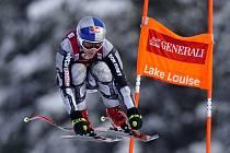 Česká lyžařka Ester Ledecká na trati sobotního sjezdu v závodě Světového poháru v kanadském Lake Louis
