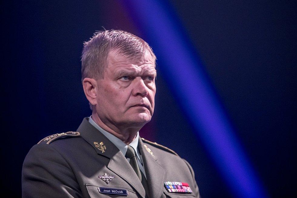 Na snímku náčelník Generálního štábu Armády ČR Josef Bečvář.