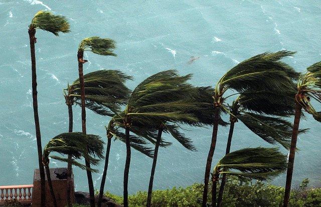 tropická bouře v Karibiku