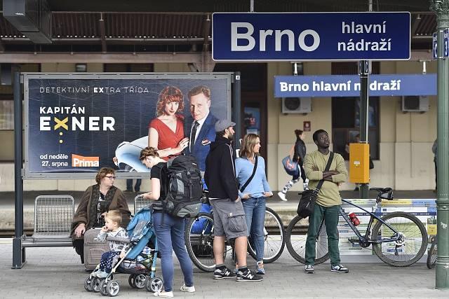 Cyklisté na hlavním nádraží v Brně