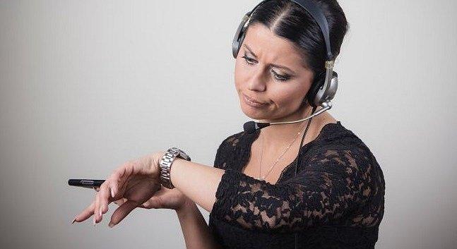 Nesoustředíte se v práci? Nebaví vás? Zlobíte se sami na sebe? Možná máte ADHD.