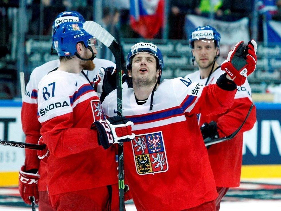 Čeští hokejisté zdolali Finsko a v semifinále narazí na Kanadu