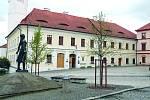 Historii Chodska nebo bohaté etnografické sbírky představí Muzeum Chodska v domažlickém hradu, které vzniklo už na konci 19. století.
