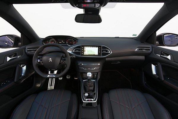 Peugeot 308GT.