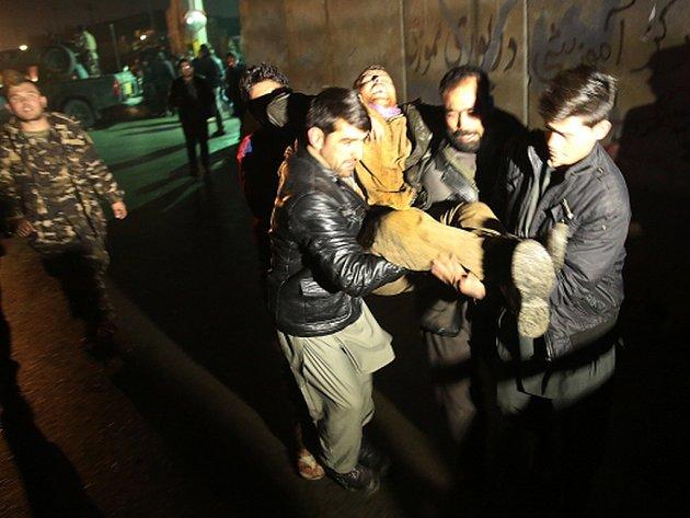 Afghánští vojáci po 25 hodinách ukončili boj proti ozbrojencům v domě poblíž indického konzulátu v Mazáre Šarífu.