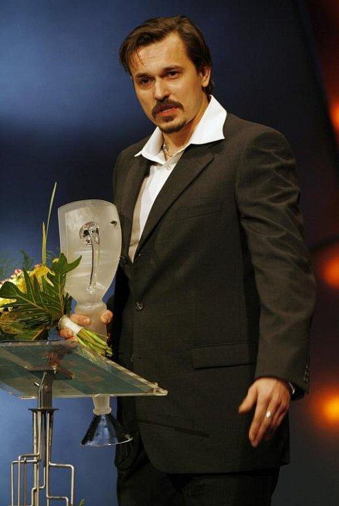 Petr Štěpán obdržel cenu Thálie 2007 v kategorii muzikál, opereta a jiný hudebnědramaturgický žánr za roli Darryla van Horna v Čarodějkách z Eastwicku.