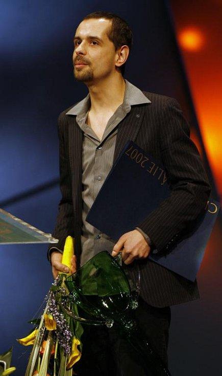 Herec Michal Čapka obdržel 29. března v Národním divadle v Praze cenu Thálie 2007 pro činoherce do 33 let.