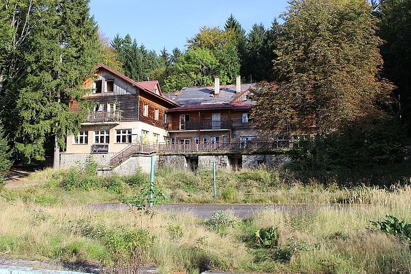Podniková chata Jizerka u Lázní Libverda