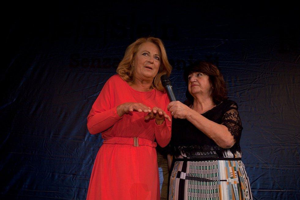 Patronkou Ceny byla i letos herečka Simona Stašová.