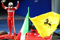 Velká cena Malajsie: Radost z výhry v podání Sebastiana Vettela