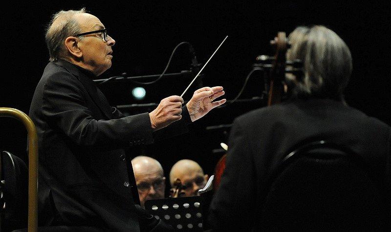 Zemřel slavný hudební skladatel Ennio Moricone