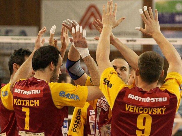 Volejbalisté Liberce vyhráli první utkání finále extraligy.