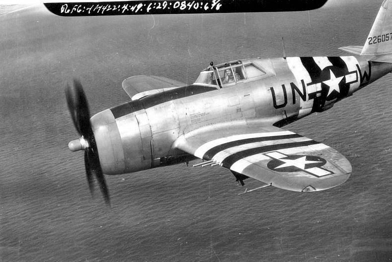 Stíhačka Republic P-47 Thunderbolt, jedna z těch, v nichž Hubert Zemke bojoval