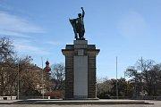 Pomník rudé armády Rudoarmějec na Moravském náměstí v Brně