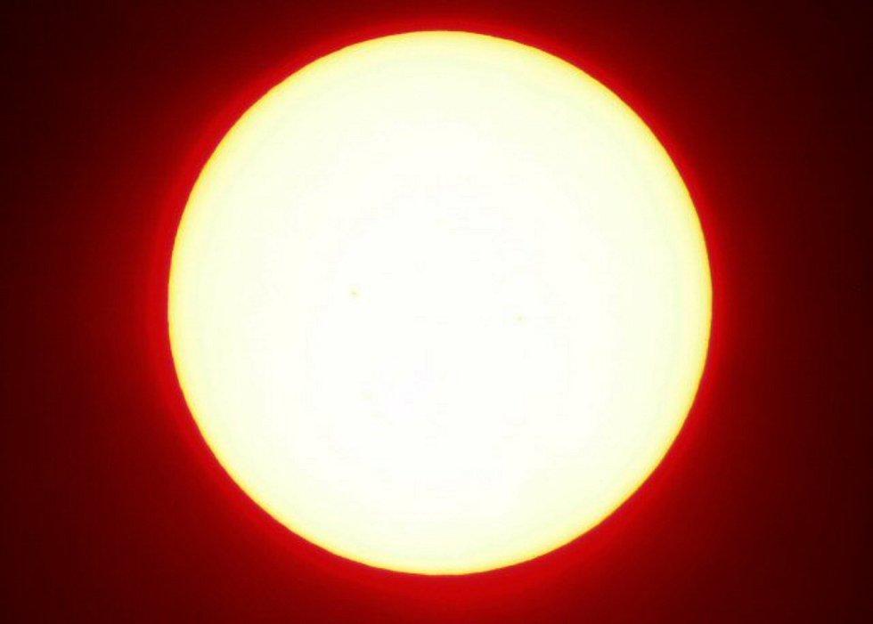 Slunce - ilustrační foto