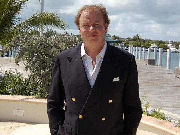 Finančník Viktor Kožený na Bahamách.