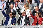 Zleva: Andrea Nahles, Martin Schulz a Marlu Dreyer
