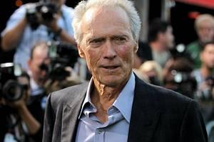 Americký herec Clint Eastwood.