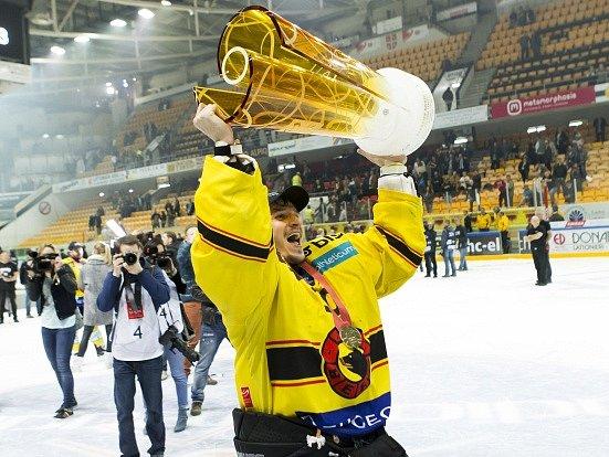 Jakub Štěpánek a jeho radost z titulu ve Švýcarsku