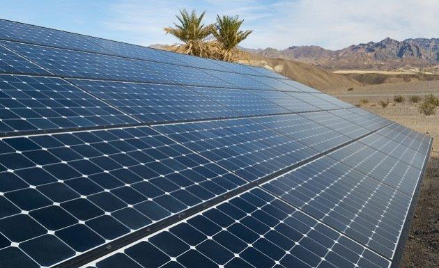 Solární panely v Kalifornii
