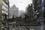 Pražské povstání, barikáda na Národní třídě před Jungmannovým náměstím