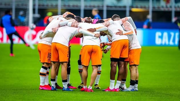 Fotbalisté Valencie před zápasem Ligy mistrů proti Bergamu.