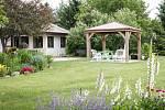 Pergoly a altány vaší zahradu zpříjemní.