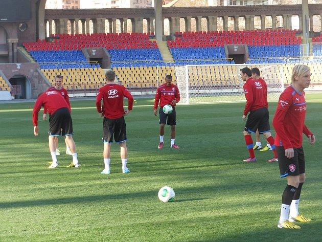 Momentka z tréninku fotbalové reprezentace.