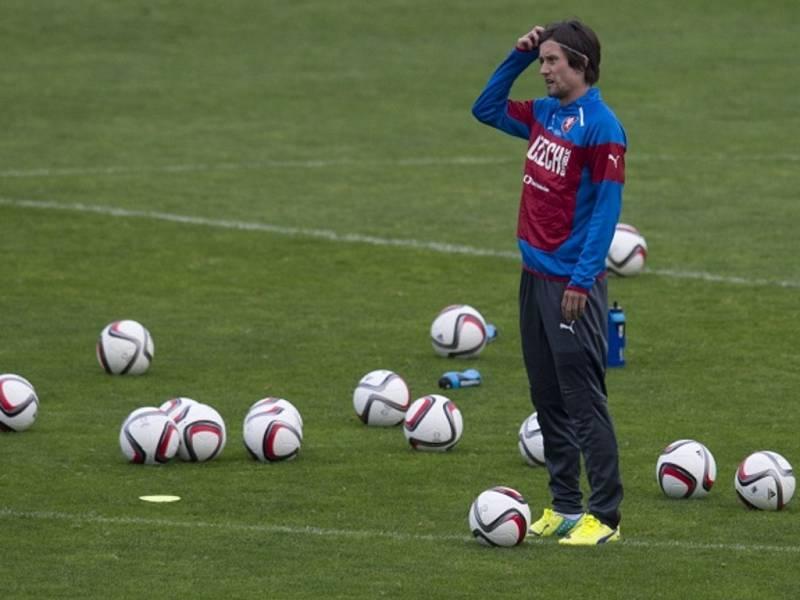 Tomáš Rosický na tréninku fotbalové reprezentace.