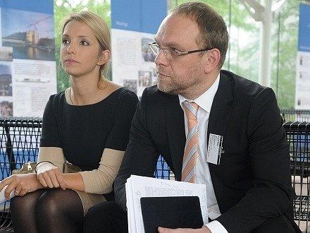 Advokát vězněné Julie Tymošenkové Serhij Vlasenko s dcerou expremiérky Eugenií