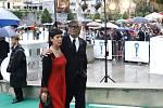 V Karlových Varech byl 12. července slavnostně ukončen 43. ročník mezinárodního filmového festivalu.