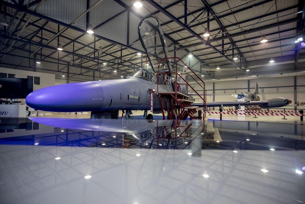 Aero Vodochody  - 17