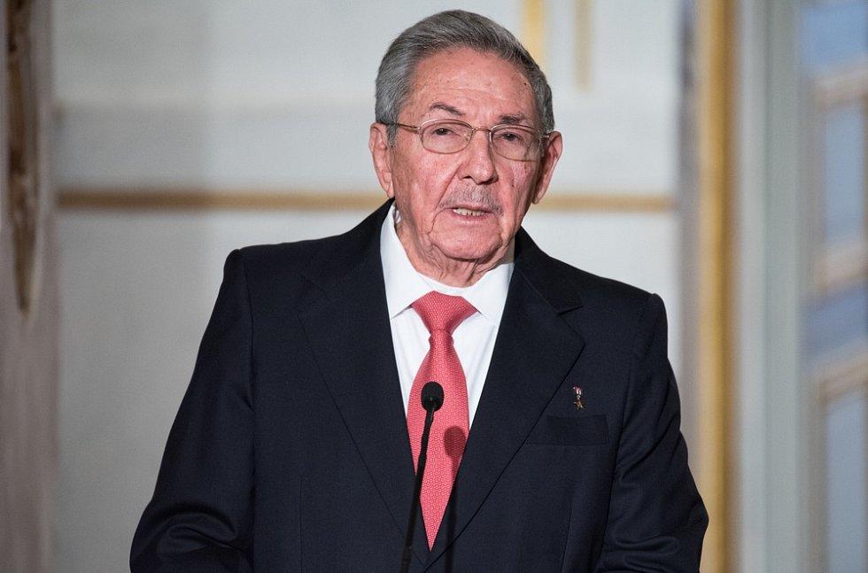 Milionář a magnát nám nebude kázat. Kubánský vůdce Raul Castro reagoval na americké komuniké k výročí vzniku Kubánské republiky.