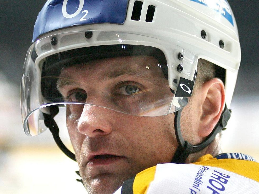 kapitán litvínovských hokejistů Robert Reichel.