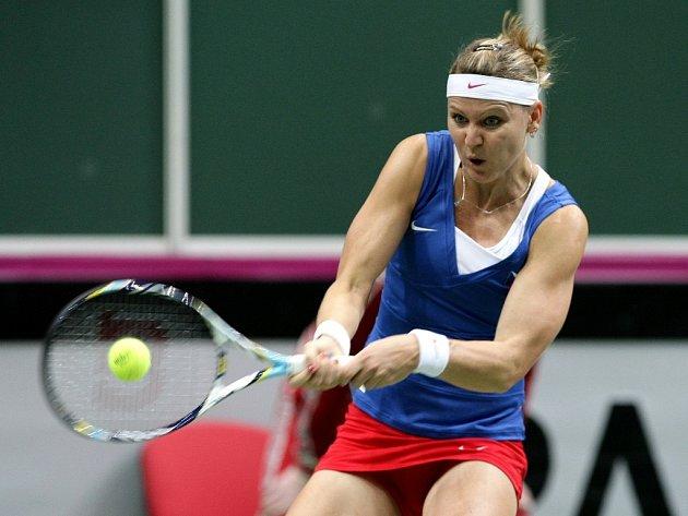 Lucie Šafářová v prvním kole Fed Cupu proti Austrálii.