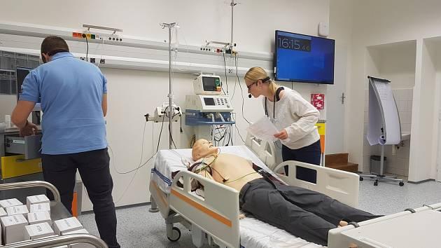 Simulační centrum Lékařské fakulty Univerzity Karlovy v Hradci Králové