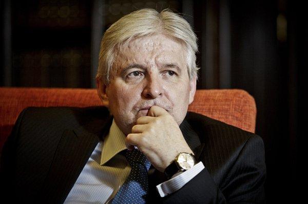 Premiér Jiří Rusnok poskytl 27.června vpražské Kramářově vile rozhovor Deníku.