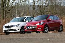 Škoda Fabia a Hyundai i20 (zleva).