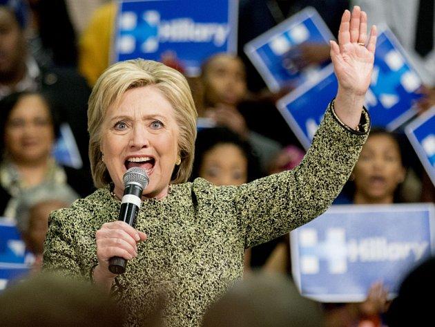 Hillary Clintonová sází na jednotící rétoriku.