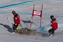 Sjezdař Franz Max měl nezvládl superobří slalom SP v Beaver Creeku a po karambolu zůstal chvíli ležet v bezvědomí.