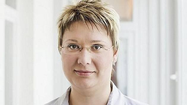 Mgr. Jana Drastichová, politička strany Věci veřejné.