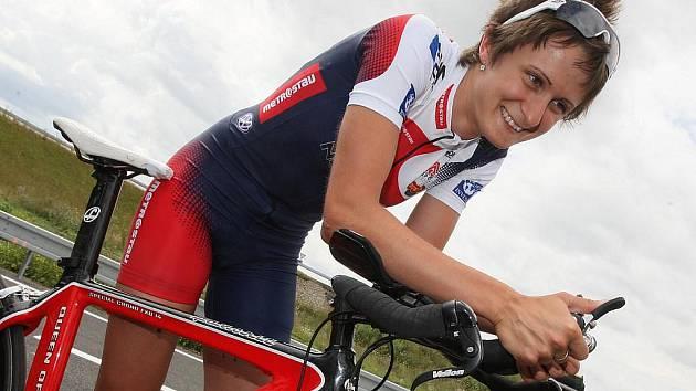 Rychlobruslařka Martina Sáblíková vítězí i v cyklistice.