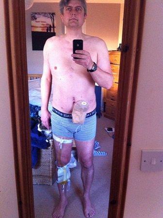 Brit Kurt Jewson umístil na svůj facebookový profil snímek ve spodním prádle.