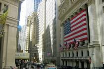 Budova americké burzy na Wall Street.