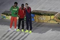 Poslední sadu medailí převzali maratonci