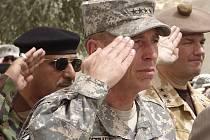 Americký generál Petraeus může být spokojený, v Iráku je nebývalý klid.