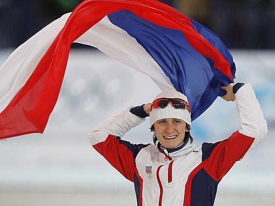 Martina Sáblíková si vychutnává pocity šampionky.