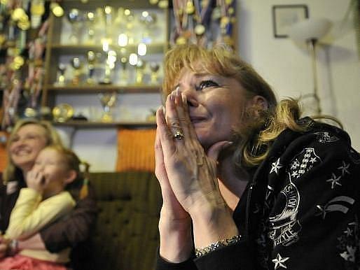 Maminka Martiny Sáblíkové Eva své dceři držela palce u televize na Vysočině.