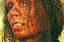 Rekonstrukce neandrtálské ženy z roku 2004 od Mortena Jacobsena